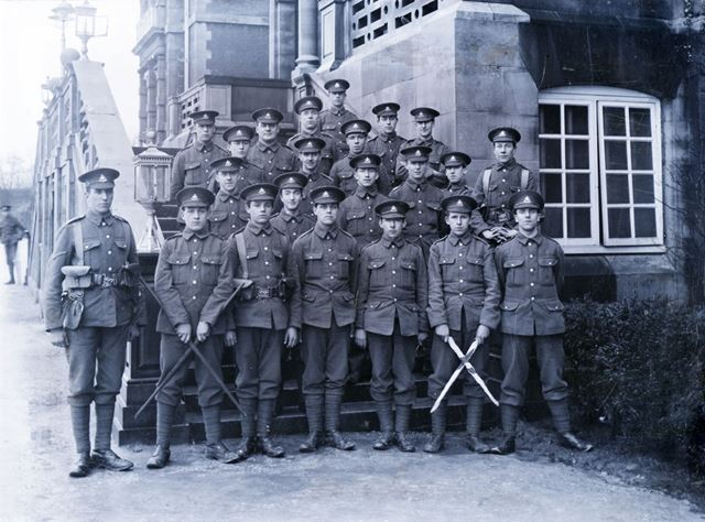 Notts and Derby Battalion, Empire Hotel?, The Park, Buxton, c 1914-15
