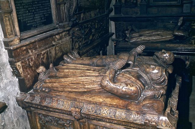 Sir Godfrey Foljambe and Ux.Tomb, St. Mary's and All Saints Church, Chesterfield