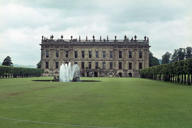 Chatsworth House showing Emperor Fountain