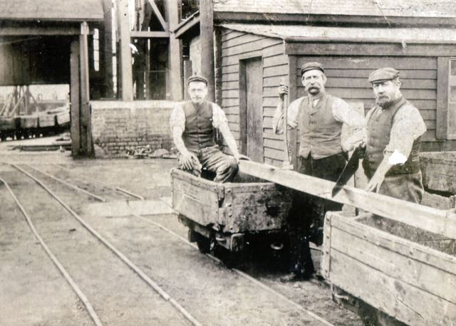 Bulwell Back Legs, Cinderhill Colliery, Nottingham, late 19th century?