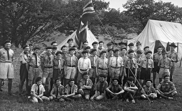 Tideswell Scout Group, Chatsworth, 1965