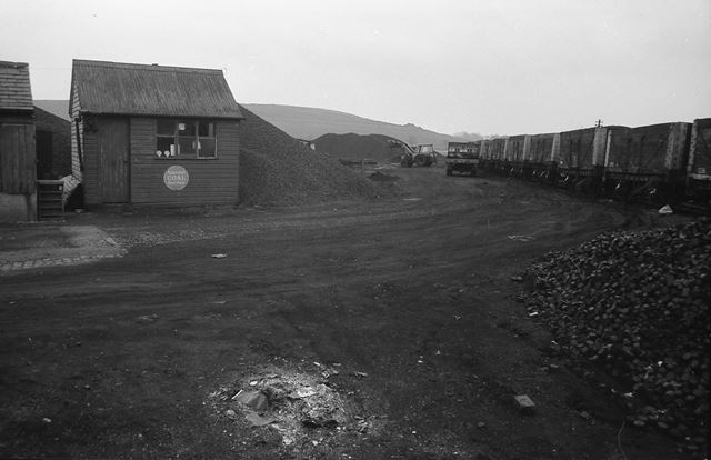 Coal yard, Cromford Road, Langley Mill, 1961