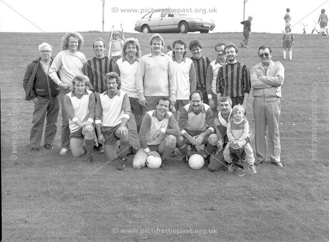 Sunday League football, Recreation Ground, Ilkeston, c 1980s