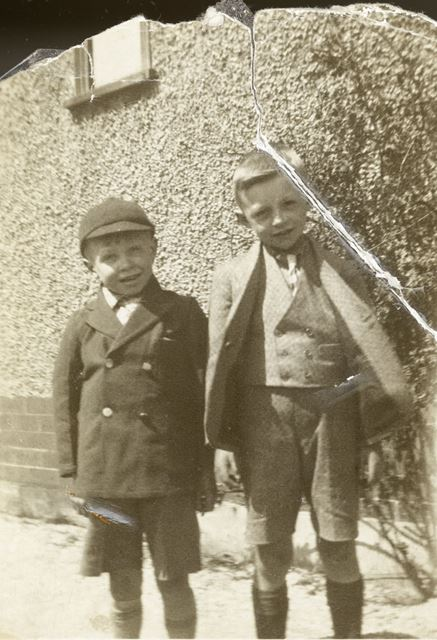 Harry Pearson and Jimmy Fox, Chinley, c 1927