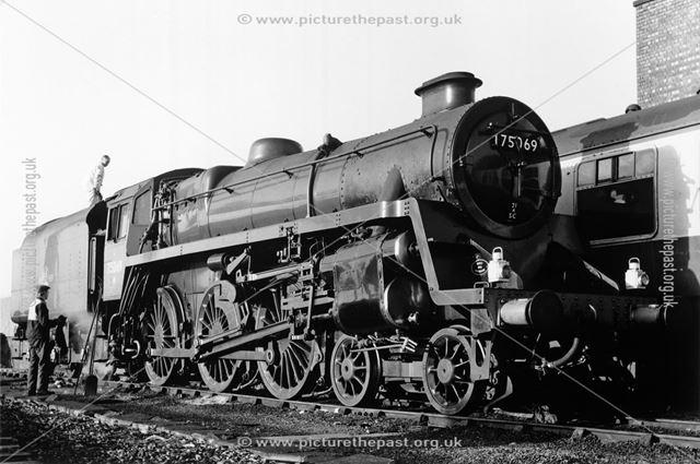 Steam loco 75069, Midland Railway Station, Railway Terrace, Derby, 1987
