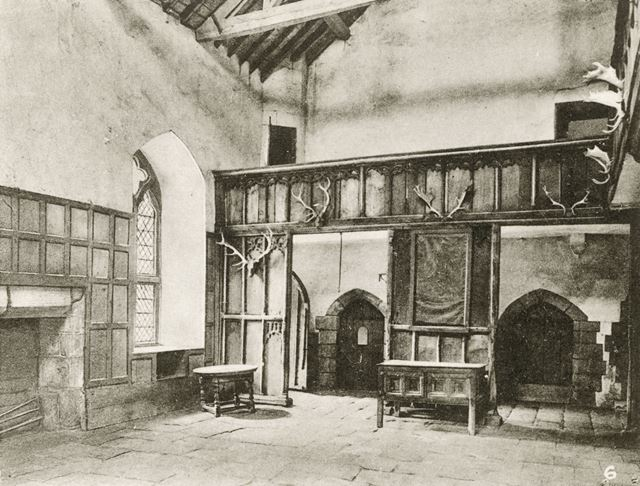 The Banqueting Hall, Haddon Hall, Bakewell, c 1900s-1920s