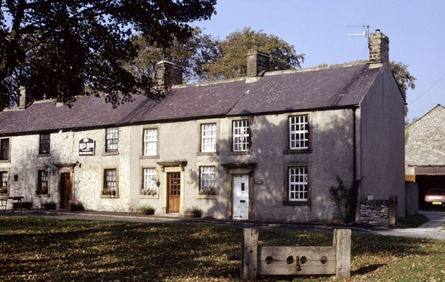 Red Lion Inn, Litton, Nr Tideswell, 1990