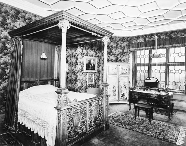 Bedroom, Thornbridge Hall, Great Longstone, c 1930s?