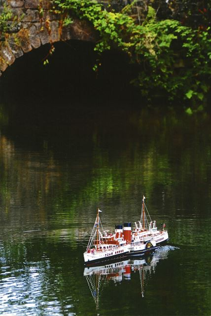 Model Ship 'Waverley', Lumsdale Pond, Matlock, 2006