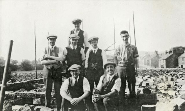 The men who demolished the old Squirrel Inn to build Princes Hotel, Chinley, 1901