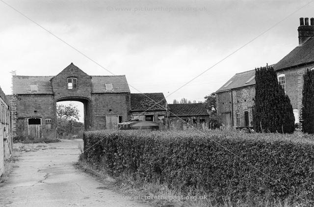 Derelict Farm Building, Marston Lane, Marston on Dove, 2003