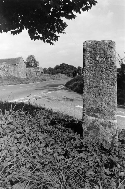Roadside Stones, Stainsborough Lane, Callow, 2003