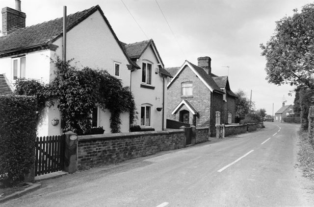 Cottages, Leapley Lane, Alkmonton, 2003