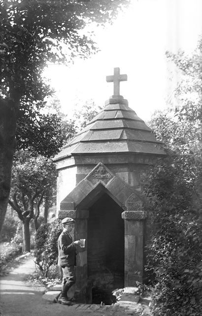 St Chad's Well, Stowe, Lichfield, Staffordshire, c 1915