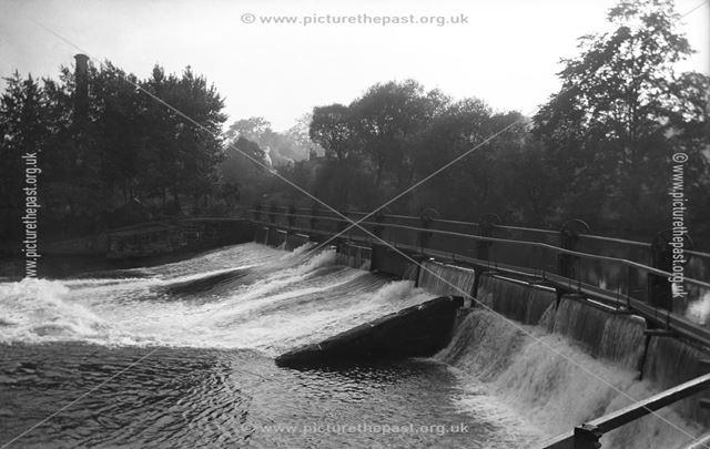 Weir on the River Derwent, Darley Abbey, Derby, c 1911 ?