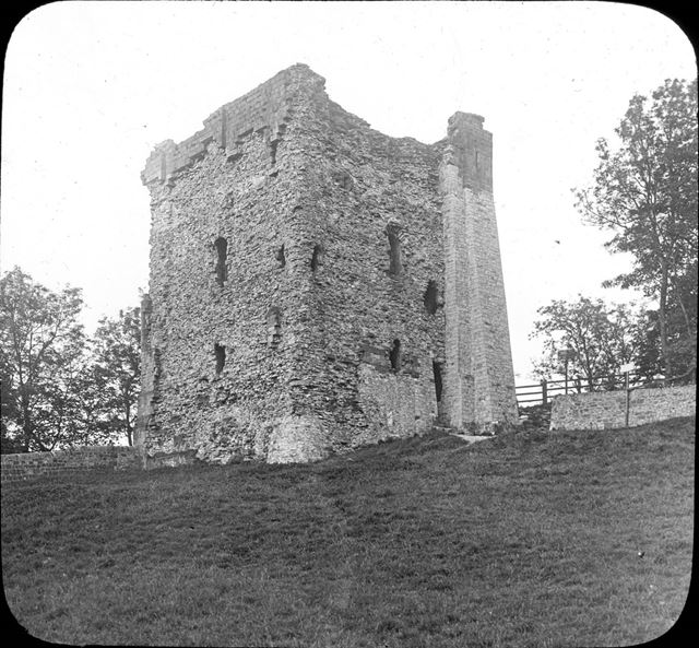 The Keep, Peveril Castle, c 1900