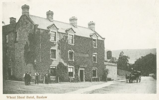Wheatsheaf Hotel, Nether End, Baslow, c 1900s