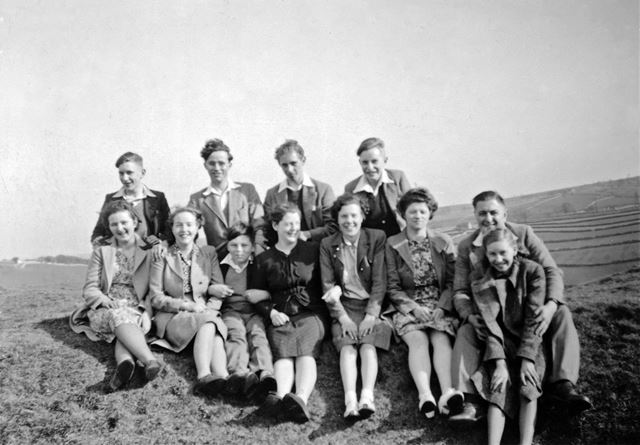 Group walk in Derbyshire, from Bethel Methodist Church on Victoria Street, South Normanton, 1936/37