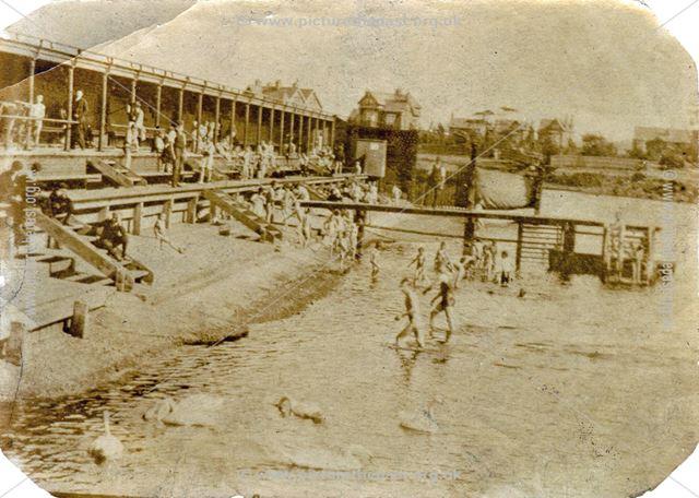 Trent Baths, Victoria Embankment, River Trent, c 1930s