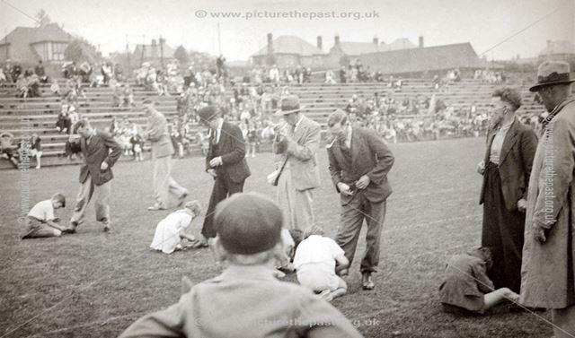 Kensington School 'Fathers' Obstacle Race', Rutland Recreation Ground, Ilkeston, c 1930s