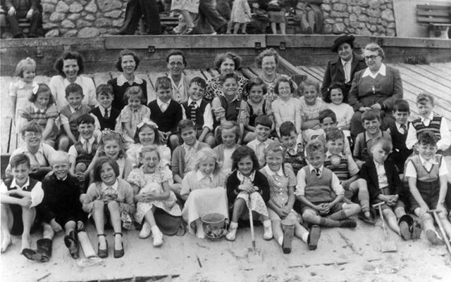 Heath County Infants School Day Trip to Mablethorpe, c 1950