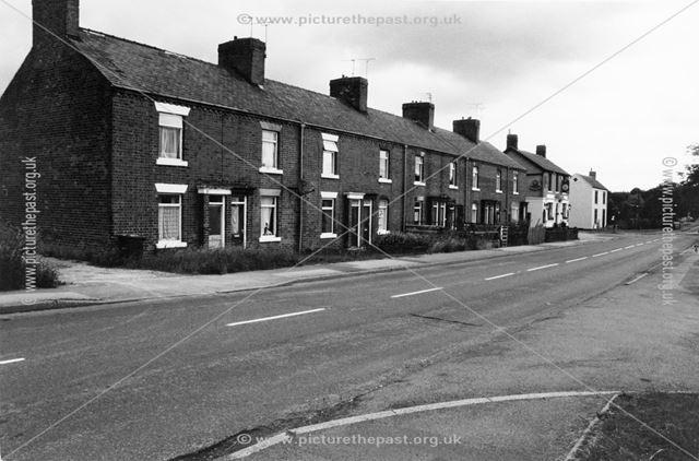 Station Road, Morton, 1999