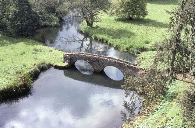 Dorothy Vernon's Bridge, Haddon Hall, c 2002