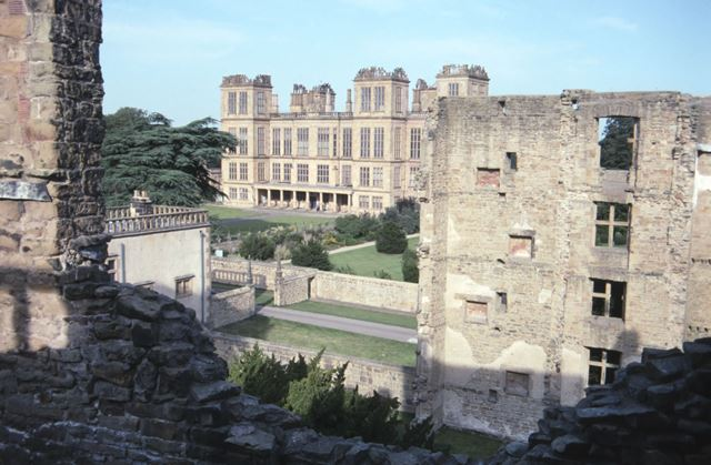 New Hall viewed from Old Hall, Hardwick Hall, c 2000
