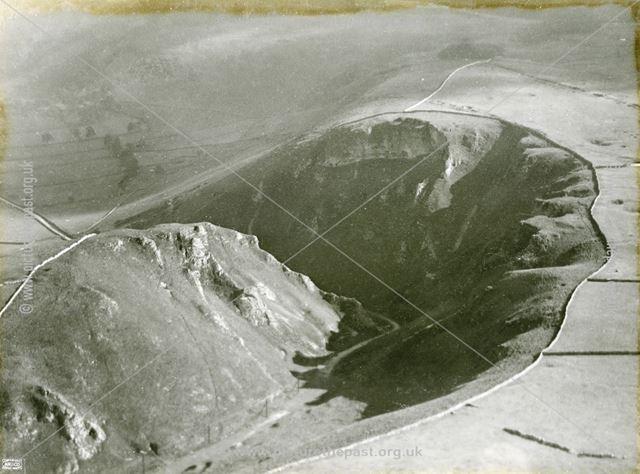 Aerial view of Winnats Pass, Castleton, 1924