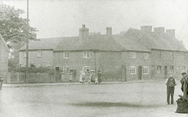 Cottages on The Green, Breaston, c 1900