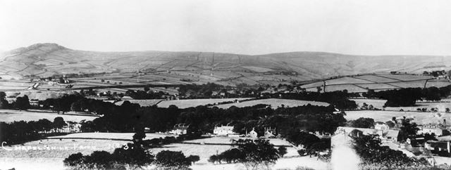 Panoramic view looking north, Chapel-en-le-Frith, 1912