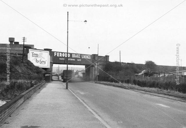 Bridge carrying former Great Northern Railway line