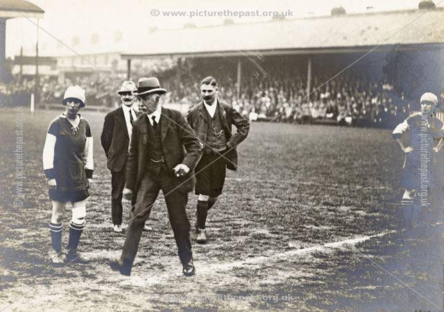 Alderman Laurie Kicks off Ladies Charity Football Match, 1922