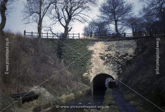 Hag Tunnel 18, Cromford Canal, Bullbridge, Ambergate, 1951