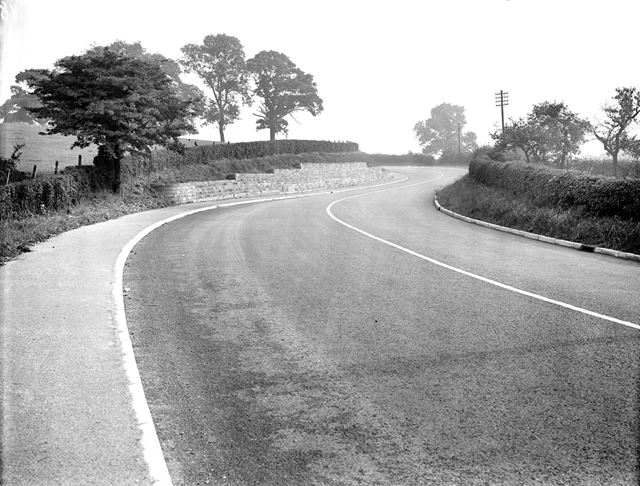 A 'Stantomac' surfaced road near Broomfield Hall, Morley
