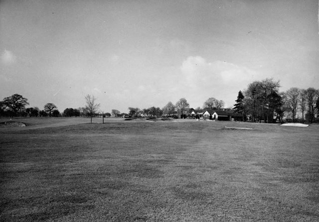 Golf Course, Sinfin