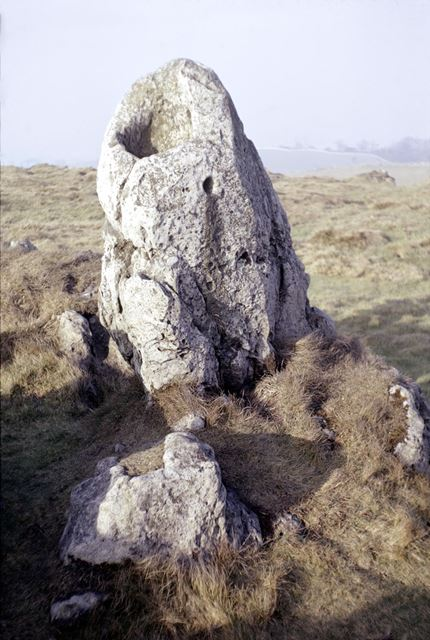 Harborough Rocks, Hollow standing stone, 'Font' ?
