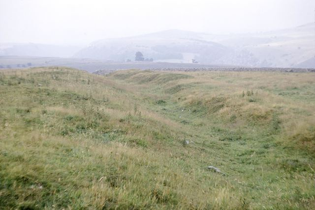 Fin Cop Hill Fort, view of bank and ditch, looking north