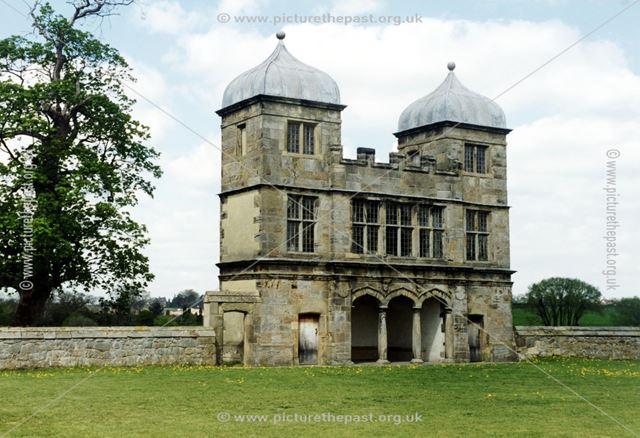 Swarkeston 'Folly' or Pavilion