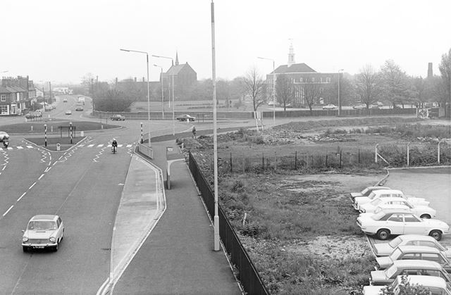 Wilmorton Traffic Island at London Road - Ascot Drive junction