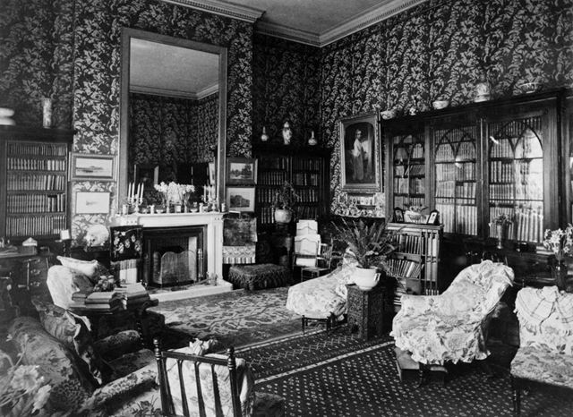 Darley Hall -drawing room