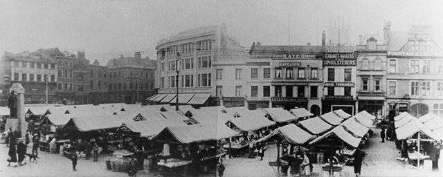 Market stalls, before the removal of the wholesale market in 1925