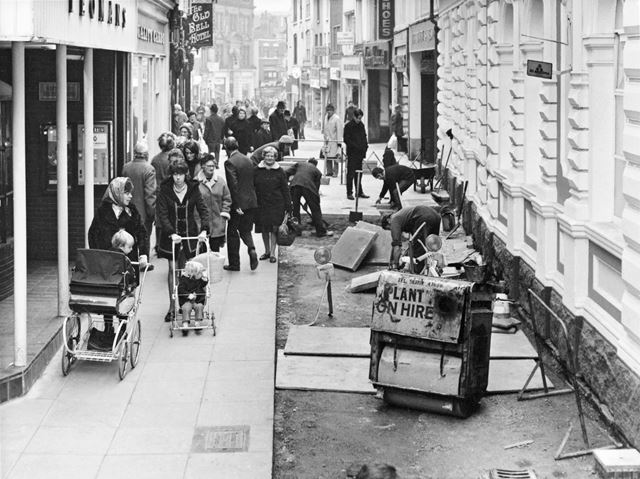 Pedestrianisation of Sadler Gate