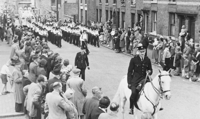 Derby Carnival parade - showing the Derby Seranaders