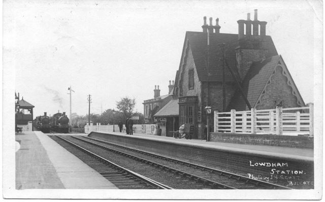 Lowdham Station