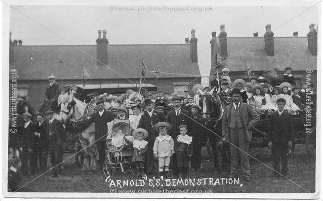 Arnolds' Demonstration