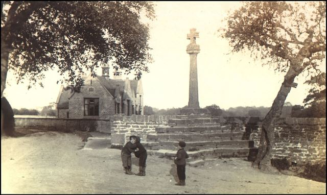 Bottom Cross, Main Street, Linby, c 1900s