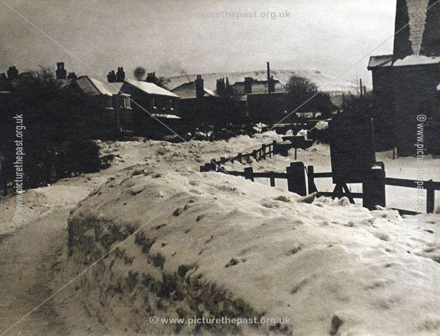Hordons Road, Chapel-en-le-Frith, Derbyshire, c 1940