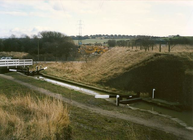 Hollingwood Lock and Site of Staveley Works Station, Chesterfield Canal, Hollingwood, 1994