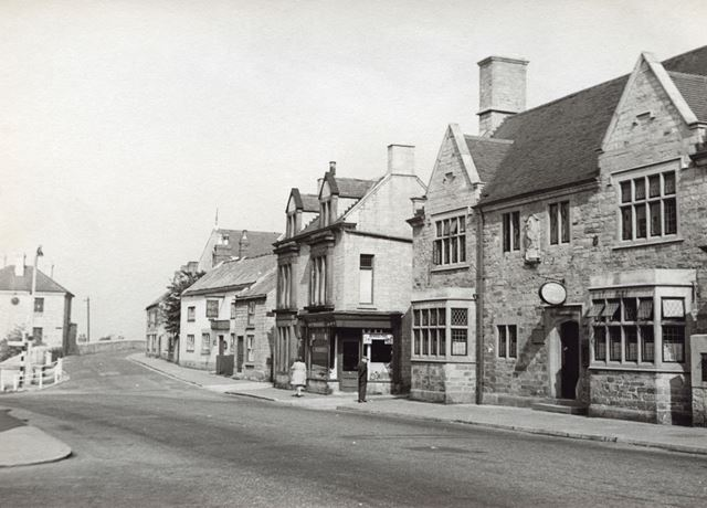 White Swan Inn, Town End, Bolsover, c 1955